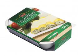 Cannelloni di ricotta e spinaci con besciamella (Cannelloni mit Ricotta-Spinat-Füllung und Béchamelsauce)
