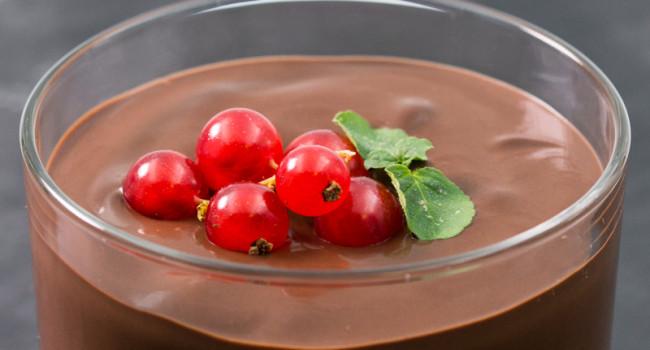 CREAMY CHOCOLATE DESSERT WITH SBRISOLONA CRUMBLE