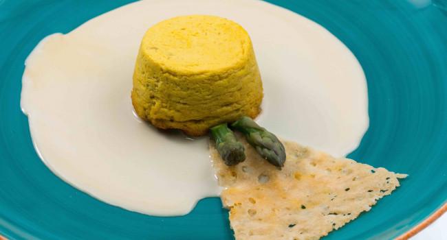 Asparagus flan with gorgonzola fondue