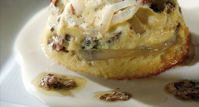 Chanterelles flan  with 5 cheeses sauce