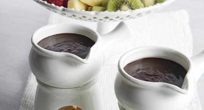 Fonduta di cioccolato con frutta
