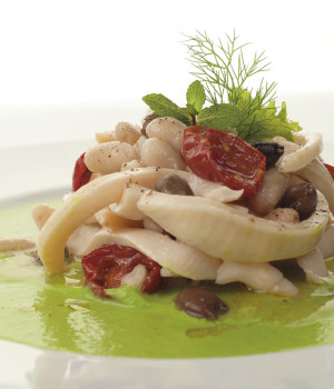 CUTTLEFISH SALAD ON A PEA CREAM