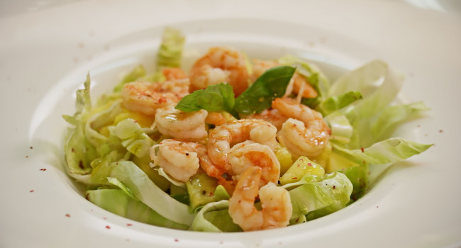 Exotic giant shrimp salad