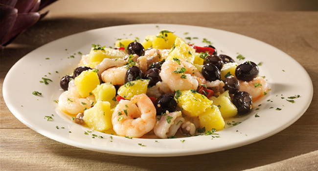 Seafood salad with vin cotto and sesame dressing
