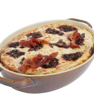 Lasagne with radicchio and  speck