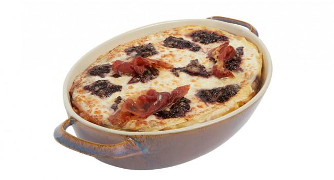 Lasagne con salsa al radicchio e speck