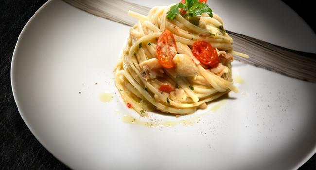 LINGUINE WITH ROCKFISH AND CHERRY TOMATOES
