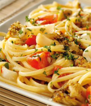 Linguine with broccoli and calamari