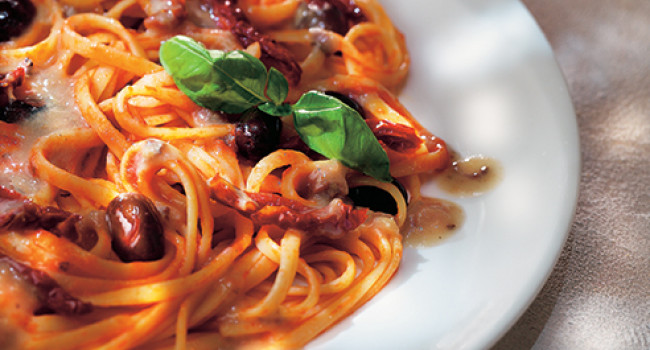 Linguine with tuttosole tomatoes, anchovies and olives
