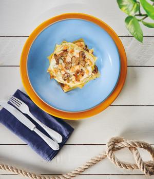 Milhojas con salmón y champiñones Portobello