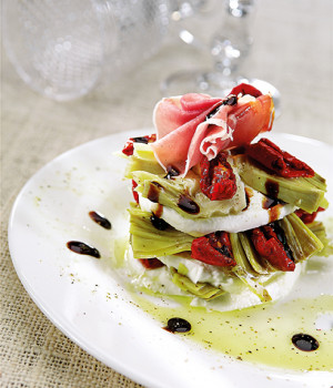 Millefoglie with buffalo mozzarella cheese, artichokes, Soleggiati and balsamic vinegar.