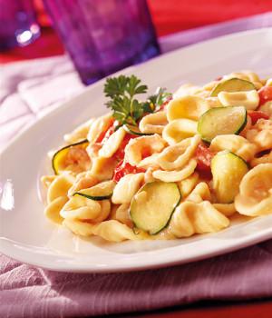Orecchiette gamberi, cannellini e zucchine