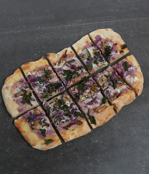 P.A.L.A.  pizza with mushrooms, red cabbage and 5 cheese sauce.