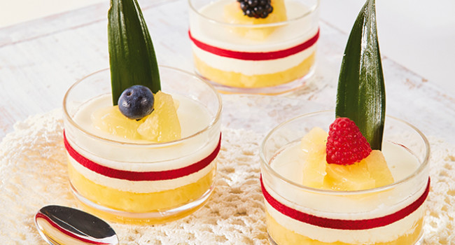 Panna cotta all'ananas