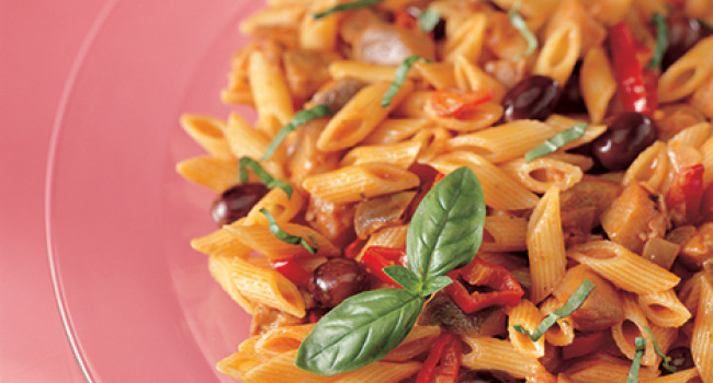 Penne with eggplants, tomatoes and olives