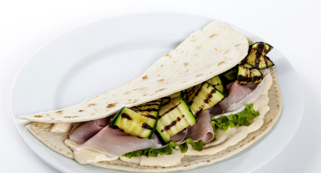 Piadina with ham, Grancrema Gorgonzola and courgettes