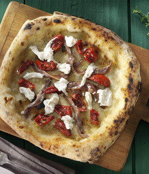 CANTABRIAN ANCHOVY PIZZA
