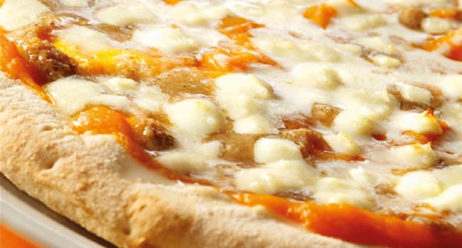 Pizza Canarino (with pumpkin cream)
