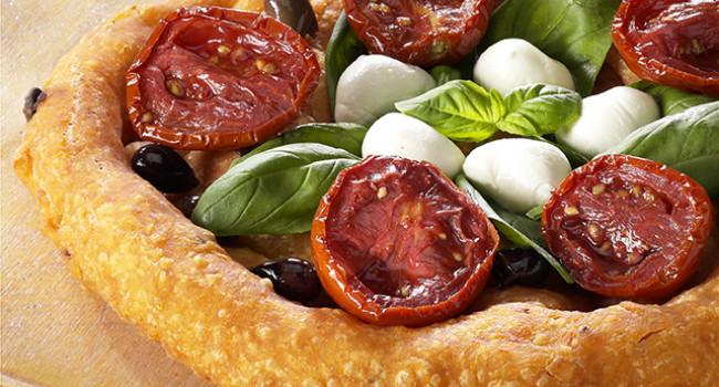 Pizza Caprese fritta
