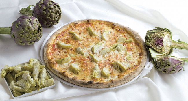 Artichokes pizza