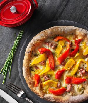 PIZZA SCAROLA, PEPERONI E SALSICCIA