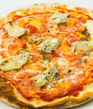 PIZZA SENZA GLUTINE AI CARCIOFI