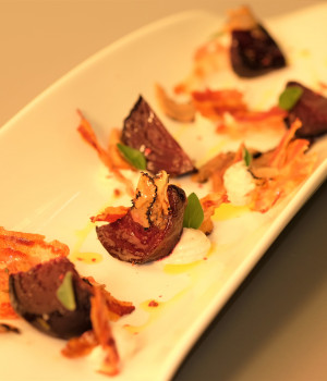 Beets, Porcini, Robiola cheese and Truffle mouse, crispy Pancetta