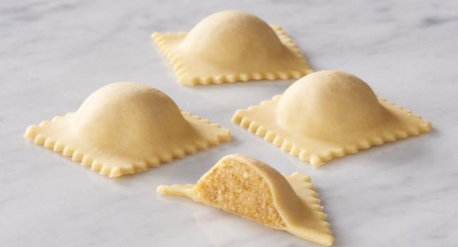 Ravioloni con calabaza y galletas «amaretti» a la mantovana