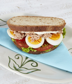Tuna, onion and egg sandwich