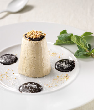 Coffee semifreddo with amaretti biscuits