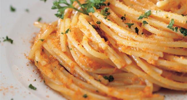 Spaghetti alla polpa di riccio e bottarga