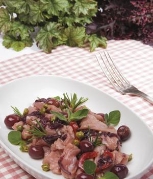 Tiras con achicoria y olivas