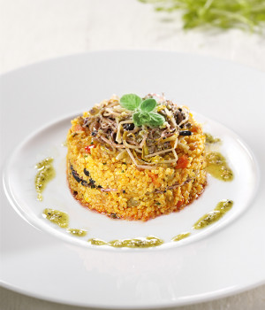 Little timbale of bulgur wheat and beansprouts