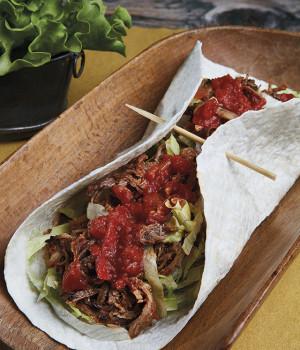 Tortilla pulled pork e salsa shakshuka