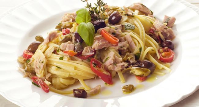 Trenette tonno capperi e olive