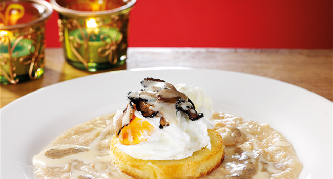 Poached egg  with cannellini bean and truffle cream sauce